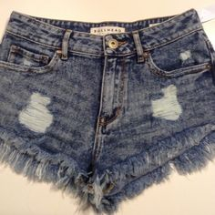 Bullhead Highwaisted Shorts Nwt Bullhead Highwaisted Size 3 Acidwashed Denim Shorts Fringed at the bottom Distressed throughout the entire shorts especially on the front pockets Bullhead Shorts