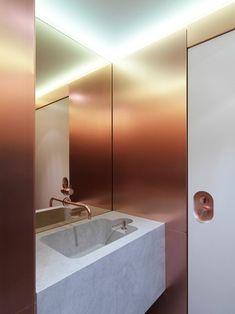 Copper and Marble Bathroom at Gastrologik by Jonas Lindvall/ Stockholm Sweden Bathroom Spa, Bathroom Toilets, Bathroom Interior, Modern Bathroom, Copper Bathroom, Washroom, Remodel Bathroom, Small Bathroom, Master Bathroom