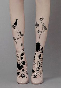 Black Birds Floral Designer Gothic Sheer Pattern Tights/Pantyhose One Size Black Birds Floral Sheer Pattern Tights Funky Designer Gothic Fashion Pantyhose Nude Tights, Black Tights, Sheer Tights, Tights Outfit, Fashion Tights, Looks Rockabilly, Tattoo Tights, Silhouette Tattoos, Patterned Tights