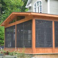47 ideas for screen facade design house Outdoor Retreat, Outdoor Spaces, Outdoor Living, Screened Porch Designs, Screened In Patio, Facade Design, House Design, Large Window Curtains, Backyard Gazebo