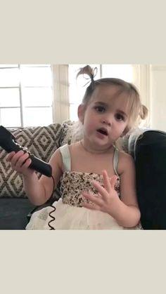 Funny Videos Clean, Cute Funny Baby Videos, Cute Funny Quotes, Crazy Funny Videos, Cute Funny Babies, Funny Video Memes, Funny Kids, Funny Cute, Cute Kids