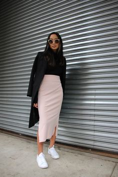 beautiful long skirt outfits for working women - work outfits i . beautiful long skirt outfits for working women - work outfits i . Tight Skirt Outfit, Long Skirt Outfits, Pencil Skirt Outfits, Pencil Dresses, Long Tight Skirt, Long Skirts, Black Pencil Skirt Outfit, Pencil Skirt Casual, Midi Skirts