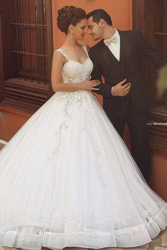 Romantic New V Neck Crystal Beaded Bodice Organza and Lace Ball Gown Wedding Dresses 2015 Plus Size Bride Dress Vestido De Noiva