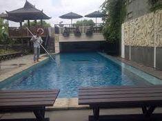 Tips Membuat Air Kolam Renang Tetap Jernih Pool Cleaning, Jakarta, Villa, Outdoor Decor, Home Decor, Style, American, Bebe, Swag