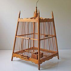 Modish Vintage: Mahogany Bird Cage, at off! Pet Cage, Bird Cage, Anthropologie Home, Crazy Bird, Bird Boxes, Ceramic Spoons, Vintage Birds, Vintage Crafts, Mid Century Design