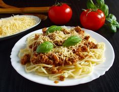 Spagetti bolognai szósszal | Katarzis Spagetti Recipe, Bologna, Spaghetti, Ethnic Recipes, Food, Ideas, Essen, Meals, Yemek