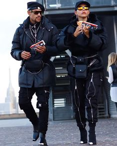 Cute Black Couples, Black Couples Goals, Couple Goals, Aesthetic Fashion, Aesthetic Clothes, Urban Aesthetic, Fashion Couple, Big Fashion, Anorak Jacket Green