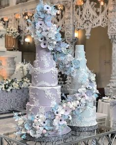 "Lori Hutchinson on Instagram: ""Lately I've been asked a lot about the process of sugar flowers 🌸 and why are they a large factor in the pricing of a tailored designer…"" Tall Wedding Cakes, Luxury Wedding Cake, Wedding Cake Inspiration, Sugar Flowers, Christmas Tree, Holiday Decor, Instagram, Design, Teal Christmas Tree"