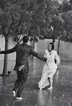 Cute Romantic Couples Black And White Photography In Rain Love Rain, Rain Dance, Romance, Singing In The Rain, Lets Dance, Jolie Photo, Hopeless Romantic, Romantic Mood, Romantic Gifts