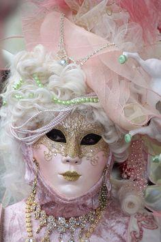 Venice mask costume pink by katrina Venetian Masquerade Masks, Venetian Carnival Masks, Masquerade Costumes, Venice Carnival Costumes, Carnival Of Venice, Mardi Gras, Harlequin Mask, Mask Face Paint, Costume Venitien