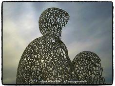 Antibes, coucher de soleil sur l'homme de lettres  http://mistoulinetmistouline.eklablog.com/ http://www.my-art.com/isabelle-escapade/collections/provence