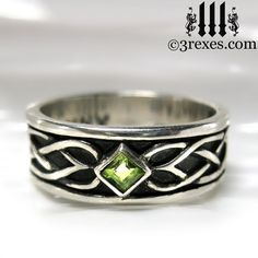 3 Rexes Jewelry - Celtic Knot Silver Soul Ring with green peridot (https://www.3rexes.com/celtic-knot-silver-soul-ring/) #medieval