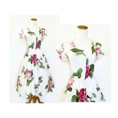 90s Floral Sundress / Criss Cross Back Dress / Full Skirt Floral Day Dress / Garden Party Dress / A-line Floral Dress / Size Medium by GoodLuxeVintage on Etsy