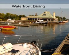 Snug Habour Seafood, Bar and Grill - Restaurant located between Toronto and Mississauga