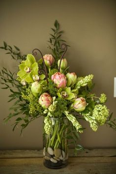 Spring Flower Arrangements for Church | Spring floral arrangement. | Spell the Flower R-h-o-d-o-d-e-n-d-r-o-n
