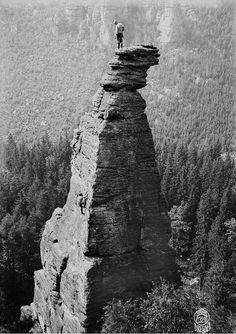 roped ehrhardt renger at the broken wood-edge, spannagelhaus tower, biela valley, saxon switzerland, 1920 Mountain Climbing, Rock Climbing, Outdoor Photography, Vintage Photography, Wood Nymphs, Stone Mountain, Wonders Of The World, Adventure Time, Mythology