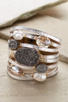 Costume Jewellery 2019 Latest Design Missfox Bracelet Colour Bronze Pearl Grey Moderate Cost