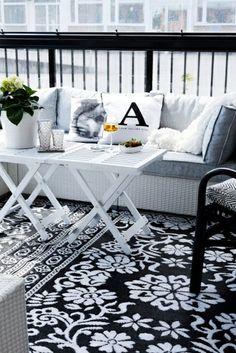 terrasse scandinave de déco noir et blanc
