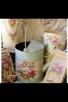Decoupage and restore what is beautiful