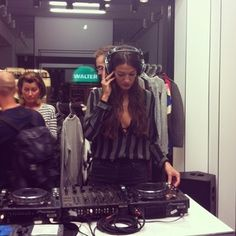 silviabergomi-is-rocking-at-msgm-official-store-opening-in-milan-mrmsgm-besidecom-pr-msgm-fashion