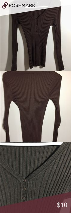 Brown thick sweater with buttons A light sweater but thick enough to wear with jeans on a breezy day Sweaters