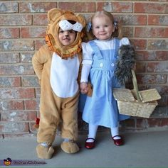 Dorothy and the Lion - 2016 Halloween Costume Contest