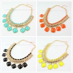 New Fashion Multi Layers Golden Metal Bib Resin Crystal Necklace