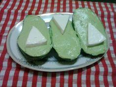 http://margaretacismasiu.blogspot.ro/2014/01/pasta-de-avocado.html