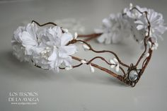 Hey, I found this really awesome Etsy listing at https://www.etsy.com/listing/229891849/elven-bride-tiara-elven-tiara-fairy