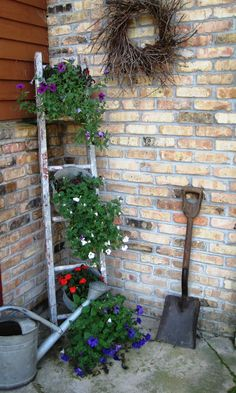 ladder with old calf buckets.already got the ladder and buckets now if we could just get spring so I can plant flowers To brighten up the yard - gc Diy Garden Decor, Garden Art, Garden Design, Garden Decorations, Vertical Garden Diy, Vertical Gardens, Vertical Planter, Rustic Gardens, Outdoor Gardens