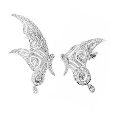 Runa Jewelry Din Fairy Mismatched Earrings (14.965 BRL) ❤ liked on Polyvore featuring jewelry, earrings, white gold, handcrafted fine jewelry, sparkle jewelry, fine jewellery, wing earrings and earring jewelry
