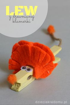 z drewnianej klamerki clothespin lion craft for kidsclothespin lion craft for kids Cute Kids Crafts, Animal Crafts For Kids, Crafts For Kids To Make, Craft Stick Crafts, Preschool Crafts, Projects For Kids, Lion Craft, Operation Christmas Child, Ideias Diy