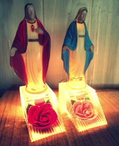 Vintage 1950 Matching PAIR of Religious Kitsch by blackforestrose, $68.00, please for Christmas!!