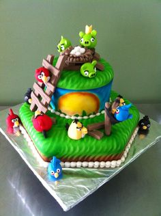 Angry birds cake with fondant birds and pigs