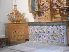 Mosaico y elementos decorativos. Capilla de San Idelfonso.