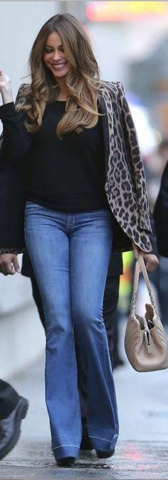 Sofía Vergara: Jacket – Roberto Cavalli  Purse – Chanel  Jeans – Hudson