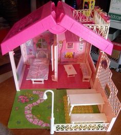 Vintage Barbie Fold N Fun House | eBay bought at austin comic and game convention. Need the furniture. It was $20.