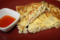 Tortang giniling at Patatas Filipino Torta, Torta Recipe, Filipino Recipes, Filipino Food, Filipino Dishes, Japanese Recipes, Garlic Fried Rice, Omelette Recipe, Beef And Potatoes