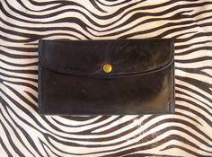 Authentic vintage COACH checkbook, womens black leather wallet / zippered coin pocket, snap closure, soft leather patina