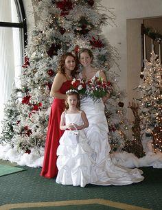 A Cute Christmas Wedding - repinned by: http://weddingideas.siterubix.com/ #seemoreweddingideas