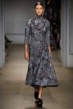 See the complete Erdem Fall 2017 Ready-to-Wear collection.