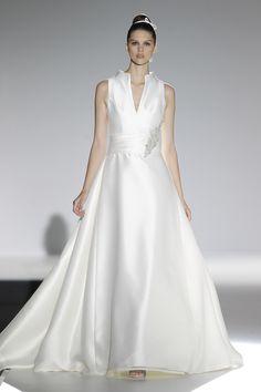 Barcelona bridal week. Diseño: Carla Ruiz