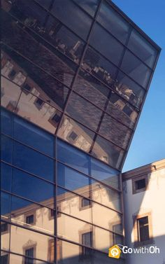 The CCCB: #Barcelona's Center for Contemporary Culture. There's much to discover behind this interesting façade: www.gwo.is/cccb-bcn #GowithOh