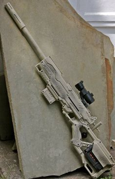 Nice sniper rifle. WH40K ... if this lil science thin' I'm doin' doesn't work out ... I think I'll be a sniper ... lol :)