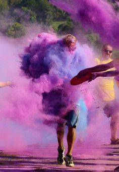 Color Me Rad! Looks like a super fun run! Hope we can get them to do one in Regina!!
