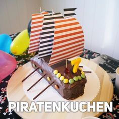 HouseSisters: super simple pirate cake for children& birthday parties . HouseSisters: super simple pirate cake for children& birthday under the motto pirate party + Easy Pirate Cake, Pirate Birthday Cake, Pirate Cakes, Homemade Birthday Cakes, Superhero Cake, Christmas Party Invitations, Cake Tutorial, Birthday Celebration, Food And Drink