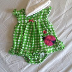 Found while shopping at Totspot iPhone app : Bundle of newborn girl spring outfits. Download Totspot from the app store. Shop and sell kids fashion easily. #kidsfashion #stylekids #lilstylers #lilfashionista #kidsshop #kidsclothes #babyclothes #babyshop #babyfashion #shopmycloset