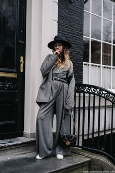 The Ultra Grey | How to wear grey wool wide leg pants with white sneakers. Full grey outfit ideas