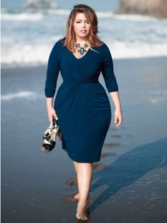 Forget me Knot dress: How flattering. I'm loving this dress.