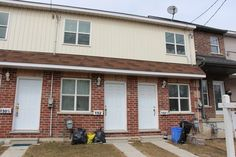 COMFORTABLE LIVING OR INVESTMENT OPPORTUNITY Exceptionally good value. This 2 bedroom, 6 year old freehold townhouse that is cheap living or makes a great investment opportunity. Home features eat-in kitchen, a bright view of the morning sun from living room, full unspoiled basement and a good sized backyard.. Great in-town location. Close to 401, public transit, Downtown university campus and Park. Act quickly before the anticipated 407 development causes home prices to skyrocket. Too good…